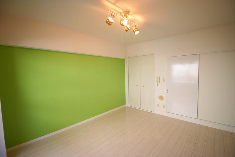 様々なアイデアが織り込まれた部屋になりました